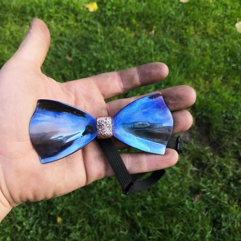 Steelek - originální modrý motýlek na ples - dárek pro pány
